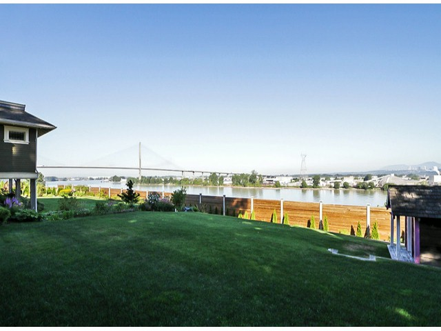 Photo 5: 10549 RIVER Road in Delta: Nordel House for sale (N. Delta)  : MLS(r) # F1419662
