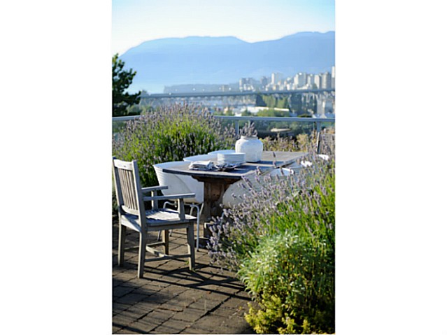 Main Photo: 1178 W 7TH AV in Vancouver: Fairview VW Condo for sale (Vancouver West)  : MLS® # V1106143