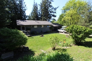 Main Photo: 7716 Golf Course Road in Anglemont: North Shuswap House for sale (Shuswap)  : MLS® # 10135100