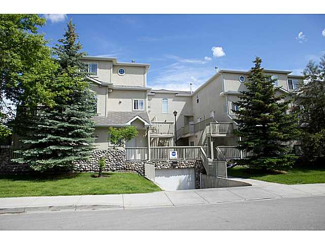 Main Photo: 102 628 56 Avenue SW in CALGARY: Windsor Park Stacked Townhouse for sale (Calgary)  : MLS® # C3528409