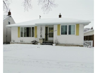 Main Photo: 1172 Spruce Street in WINNIPEG: West End / Wolseley Residential for sale (West Winnipeg)  : MLS® # 1223530
