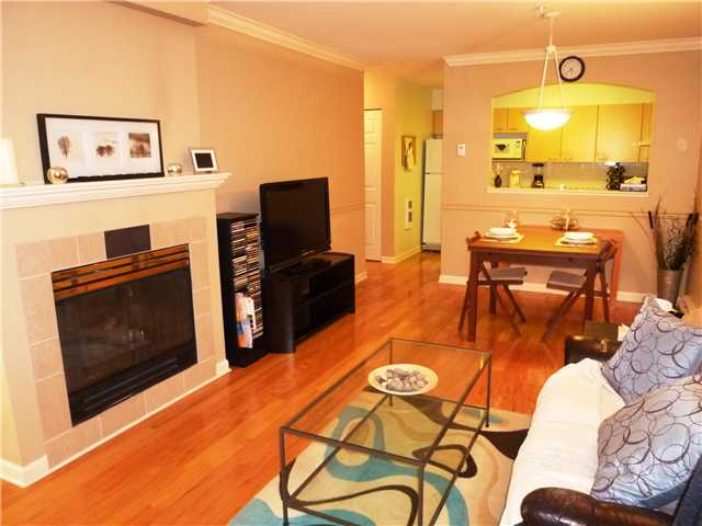 "Photo 2: 27 6588 SOUTHOAKS Crescent in Burnaby: Highgate Townhouse for sale in ""TUDOR GROVE"" (Burnaby South)  : MLS® # V1006398"