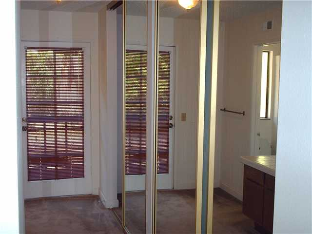 Photo 15: CLAIREMONT Townhome for sale : 3 bedrooms : 4509 Caminito Cristalino in San Diego