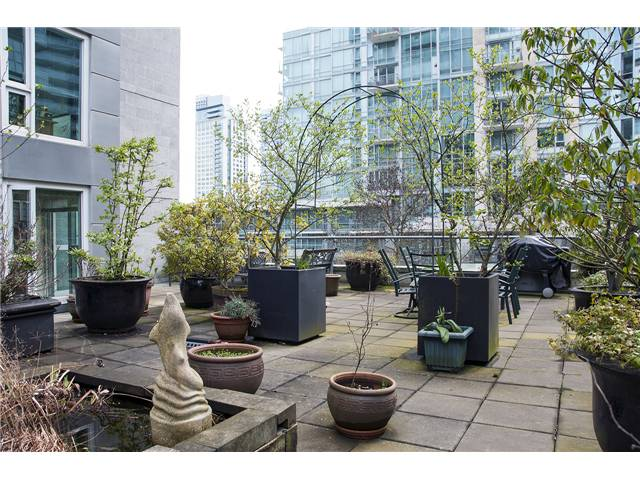 FEATURED LISTING: 302 - 535 Nicola Vancouver
