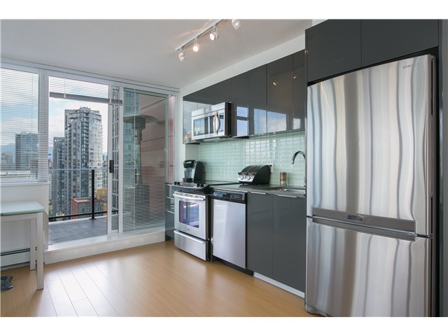 Photo 9: # 2001 1325 ROLSTON ST in Vancouver: Downtown VW Condo for sale (Vancouver West)  : MLS® # V1072308