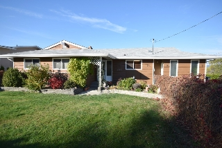 Main Photo: 2220 Charleswood Drive in Kelowna: Black Mountain House for sale (Central Kelowna)  : MLS(r) # 10090379