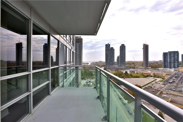 Photo 9: 16 Brookers Lane Unit #1603 in Toronto: Mimico Condo for sale (Toronto W06)  : MLS® # W3365385