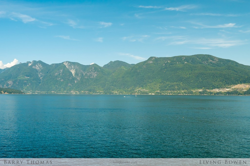 Main Photo: 1335 Catalina Road in Bowen Island: Eagle Cliff Home for sale : MLS® # R2097238