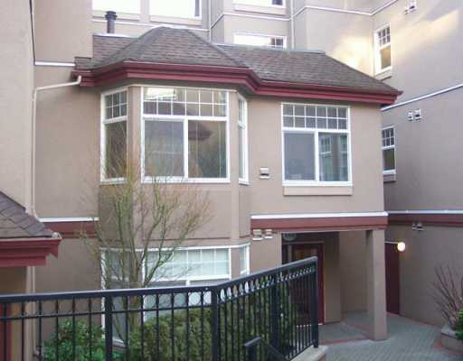 "Main Photo: 580 12TH Street in New Westminster: Uptown NW Condo for sale in ""THE REGENCY"" : MLS(r) # V628774"