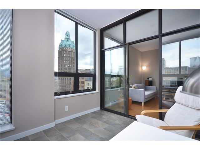 "Photo 8: # 603 531 BEATTY ST in Vancouver: Downtown VW Condo for sale in ""METROLIVING"" (Vancouver West)  : MLS® # V999631"