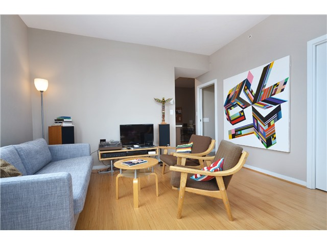 "Photo 7: # 603 531 BEATTY ST in Vancouver: Downtown VW Condo for sale in ""METROLIVING"" (Vancouver West)  : MLS® # V999631"