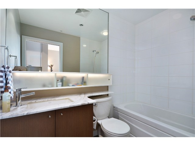 "Photo 10: # 603 531 BEATTY ST in Vancouver: Downtown VW Condo for sale in ""METROLIVING"" (Vancouver West)  : MLS® # V999631"