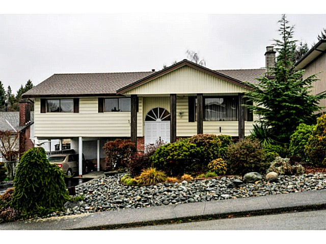 Main Photo: 5541 BROOKDALE CT in Burnaby: Parkcrest House for sale (Burnaby North)  : MLS(r) # V1102592