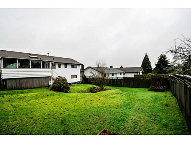 Photo 18: 5541 BROOKDALE CT in Burnaby: Parkcrest House for sale (Burnaby North)  : MLS(r) # V1102592