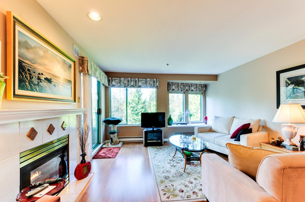 Photo 6: # 402 6737 STATION HILL CT in Burnaby: South Slope Condo for sale (Burnaby South)  : MLS(r) # V1109319