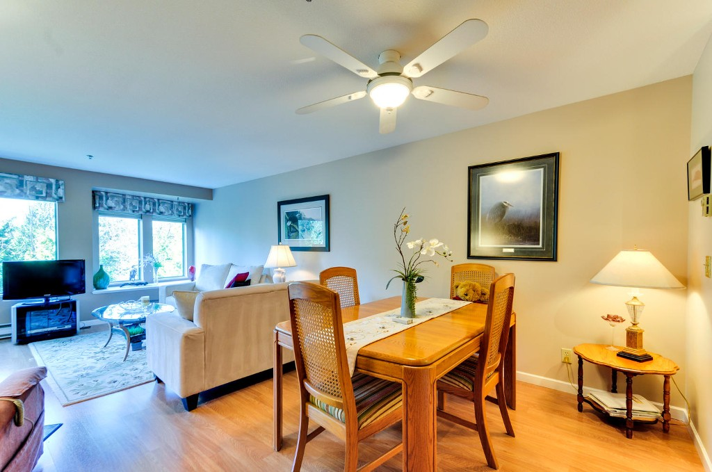 Photo 5: # 402 6737 STATION HILL CT in Burnaby: South Slope Condo for sale (Burnaby South)  : MLS(r) # V1109319