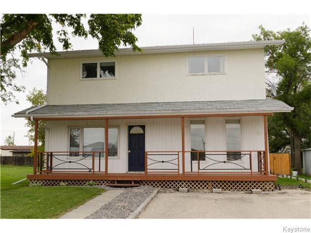 Main Photo: 21 Main Street: Sanford Single Family Detached for sale (Manitoba Other)  : MLS® # 	1600183