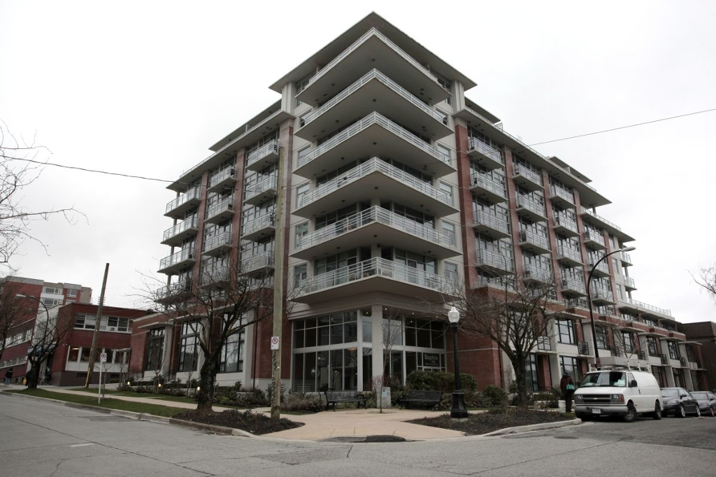 "Main Photo: 310 298 E 11TH Avenue in Vancouver: Mount Pleasant VE Condo for sale in ""Sophia/Mount Pleasant"" (Vancouver East)  : MLS® # V936963"