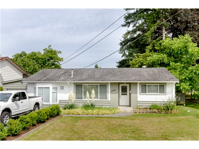 Main Photo: 10930 141ST Street in Surrey: Bolivar Heights House for sale (North Surrey)  : MLS(r) # F1418193