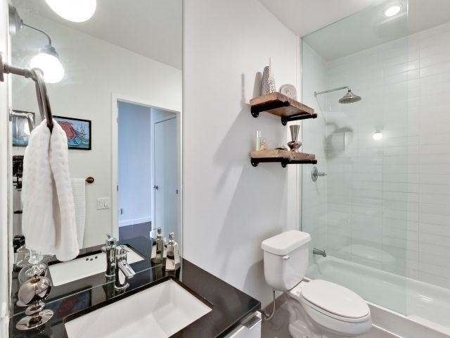 Photo 5: 33 Mill St Unit #427 in Toronto: Waterfront Communities C8 Condo for sale (Toronto C08)  : MLS(r) # C3592166