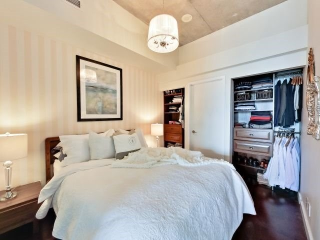 Photo 4: 33 Mill St Unit #427 in Toronto: Waterfront Communities C8 Condo for sale (Toronto C08)  : MLS(r) # C3592166