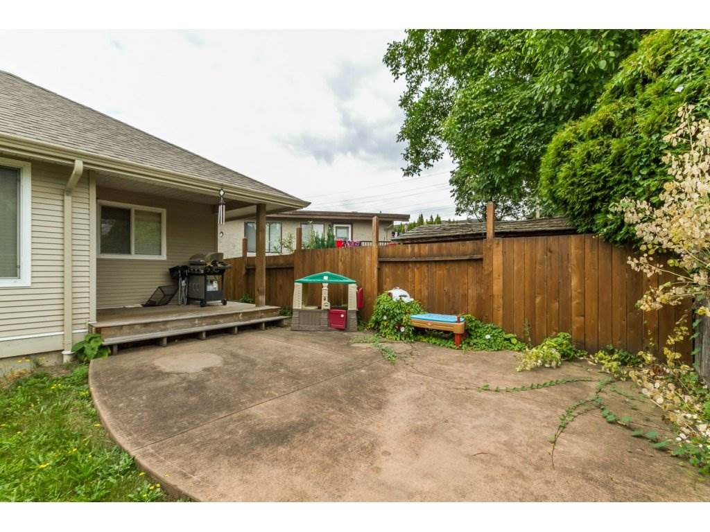 Photo 19: 32792 HOOD AVENUE in Mission: Mission BC House for sale : MLS® # R2119405