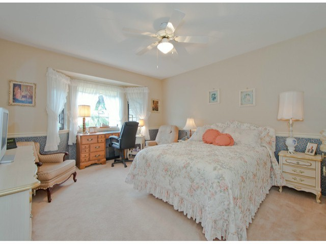 "Photo 11: 38 1725 SOUTHMERE Crescent in Surrey: Sunnyside Park Surrey Townhouse for sale in ""ENGLESEA"" (South Surrey White Rock)  : MLS® # F1314334"