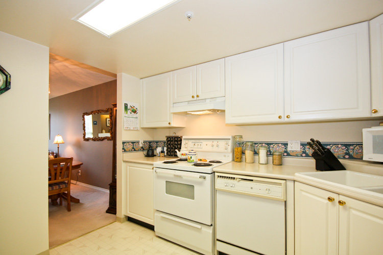 Photo 5: 310 1519 GRANT Ave in The Beacon: Glenwood PQ Home for sale ()  : MLS(r) # V791493