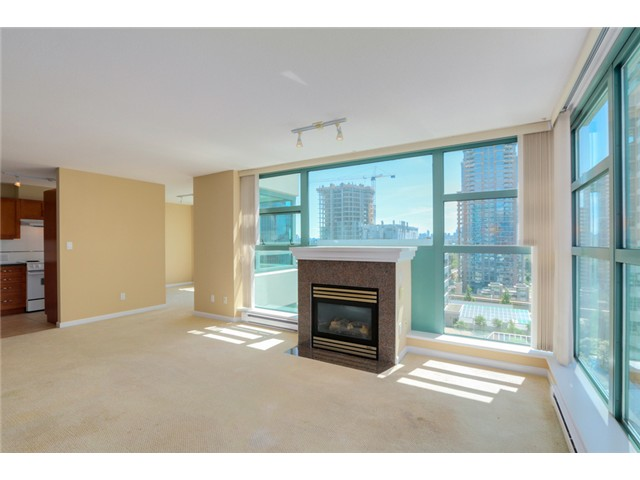 Photo 2: 903 4380 HALIFAX Street in Burnaby: Brentwood Park Condo for sale (Burnaby North)  : MLS® # V1073694
