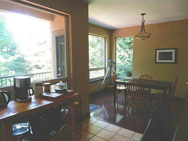 Photo 5: 5836 MARINE Way in Sechelt: Sechelt District House for sale (Sunshine Coast)  : MLS(r) # V1078879