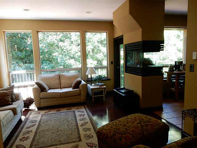 Photo 3: 5836 MARINE Way in Sechelt: Sechelt District House for sale (Sunshine Coast)  : MLS(r) # V1078879