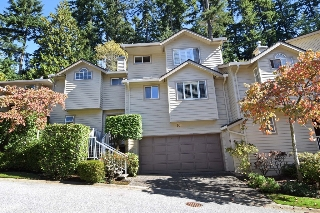 Main Photo: 60 DEERWOOD PLACE in PORT MOODY: Heritage Mountain Townhouse for sale (Port Moody)  : MLS® # R2005385