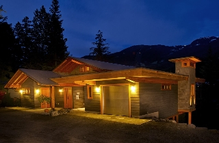 Main Photo: 5138 RAVEN LANE in Whistler: Westside House for sale : MLS® # R2019424