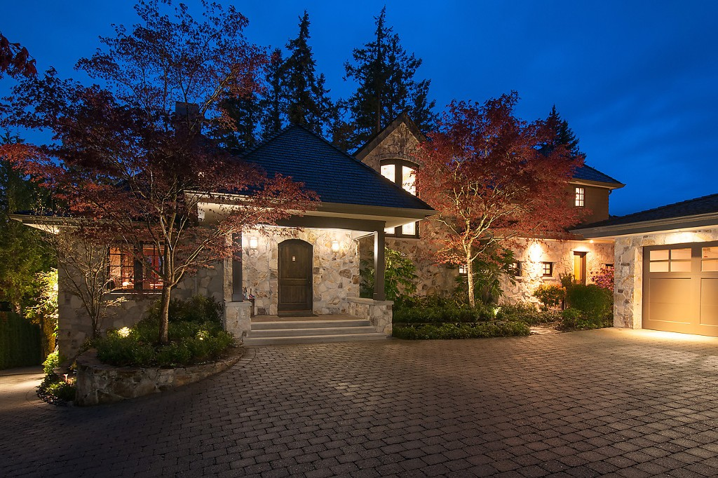 Main Photo:  in Vancouver: Caulfield House for sale (West Vancouver)