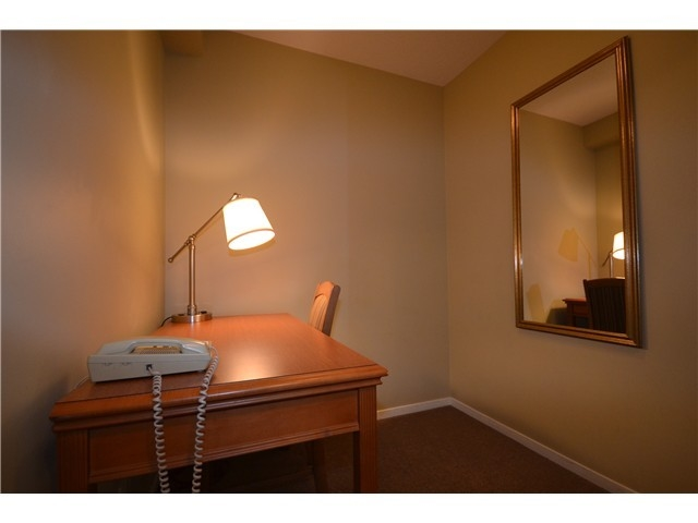 Photo 5: 702 1889 Alberni Street in Vancouver: West End VW Condo for sale (Vancouver West)  : MLS(r) # R2071077