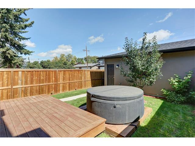 Photo 29: 4412 19 AV NW in Calgary: Montgomery House for sale : MLS(r) # C4076947
