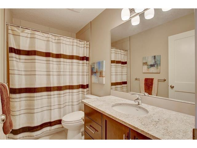 Photo 24: 4412 19 AV NW in Calgary: Montgomery House for sale : MLS(r) # C4076947