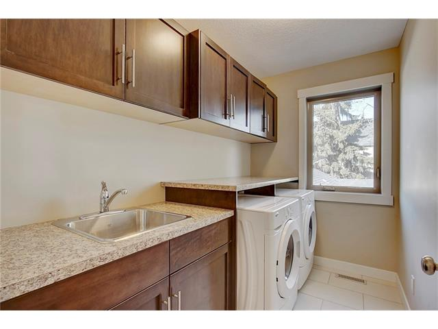 Photo 25: 4412 19 AV NW in Calgary: Montgomery House for sale : MLS(r) # C4076947