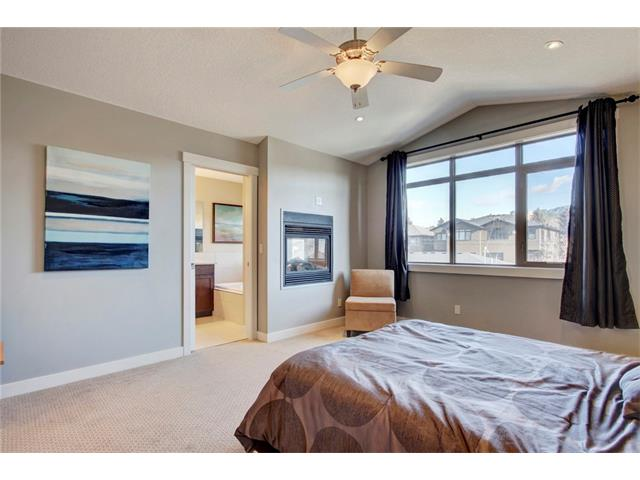 Photo 18: 4412 19 AV NW in Calgary: Montgomery House for sale : MLS(r) # C4076947