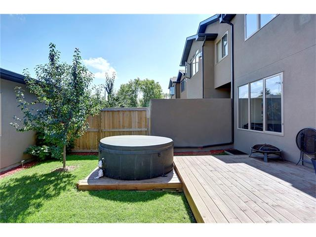 Photo 30: 4412 19 AV NW in Calgary: Montgomery House for sale : MLS(r) # C4076947