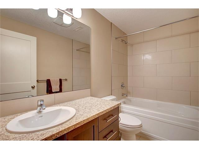 Photo 28: 4412 19 AV NW in Calgary: Montgomery House for sale : MLS(r) # C4076947