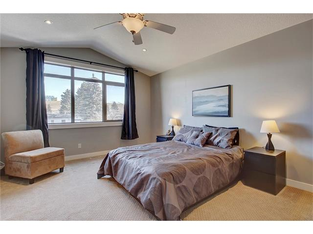 Photo 17: 4412 19 AV NW in Calgary: Montgomery House for sale : MLS(r) # C4076947