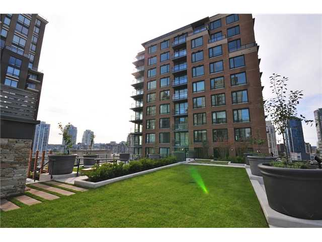 "Photo 7: 514 1088 RICHARDS Street in Vancouver: Yaletown Condo for sale in ""RICHARDS LIVING"" (Vancouver West)  : MLS® # V934725"