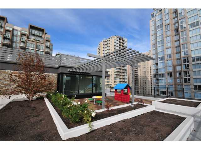 "Photo 8: 514 1088 RICHARDS Street in Vancouver: Yaletown Condo for sale in ""RICHARDS LIVING"" (Vancouver West)  : MLS® # V934725"