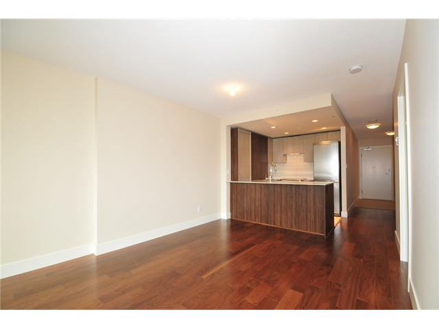 "Photo 2: 514 1088 RICHARDS Street in Vancouver: Yaletown Condo for sale in ""RICHARDS LIVING"" (Vancouver West)  : MLS® # V934725"