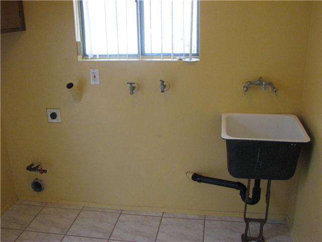 Photo 12: IMPERIAL BEACH Home for sale or rent : 3 bedrooms : 932 Ebony