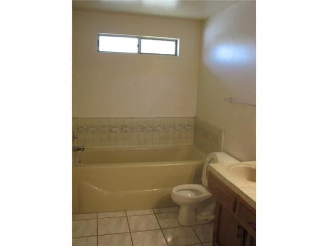 Photo 6: IMPERIAL BEACH Home for sale or rent : 3 bedrooms : 932 Ebony