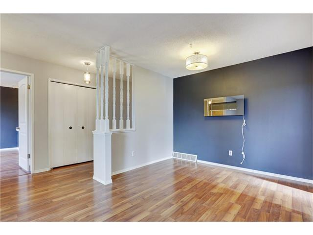 Photo 8: 6120 84 ST NW in Calgary: Silver Springs House for sale : MLS(r) # C4037833