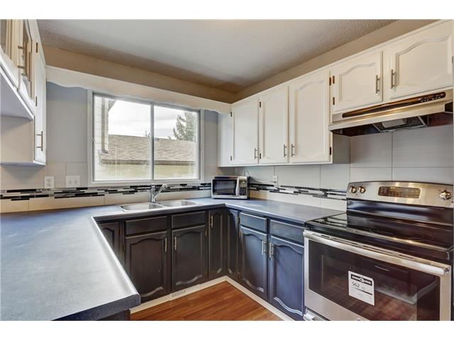 Photo 13: 6120 84 ST NW in Calgary: Silver Springs House for sale : MLS® # C4037833
