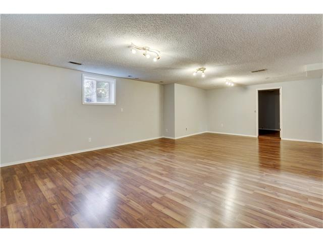 Photo 33: 6120 84 ST NW in Calgary: Silver Springs House for sale : MLS® # C4037833